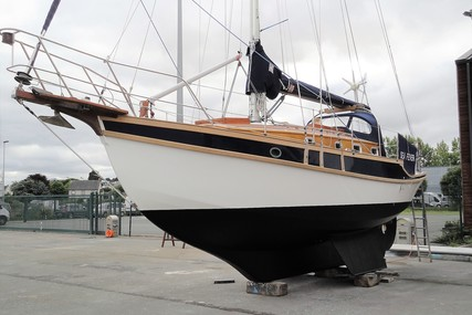 Golden Hind Golden Hind 31 Cutter for sale in France for £69,500