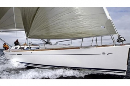 Dufour 40 Performance for sale in Spain for €94,900 (£83,533)