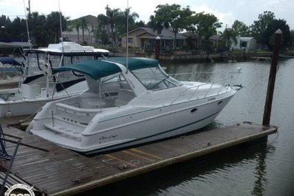 Chris-Craft 33 Crowne for sale in United States of America for $22,000 (£16,784)