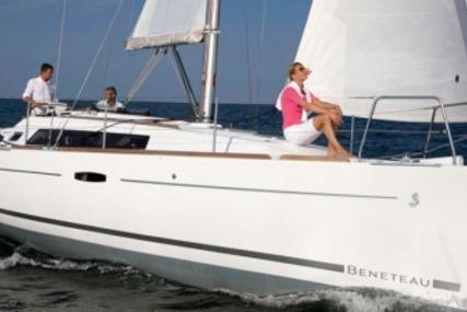Beneteau Oceanis 34 for sale in Spain for €73,500 (£64,361)