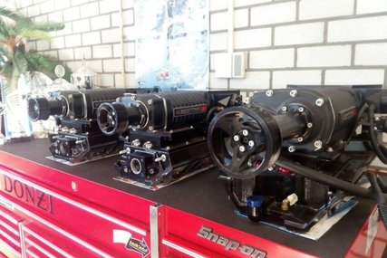 Mercruiser Supercharger Whipple 7.4 - 454 - 8.2 - 502 - 496 HO for sale in Netherlands for €5,250 (£4,689)