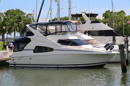 Silverton 330 Sport Bridge for sale in United States of America for $87,500 (£66,308)