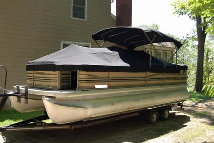 Godfrey Pontoon San Pan 2550 FE for sale in United States of America for $26,200 (£20,171)