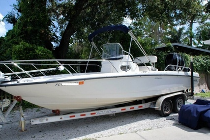 Boston Whaler 230 Dauntless for sale in United States of America for $47,500 (£36,118)