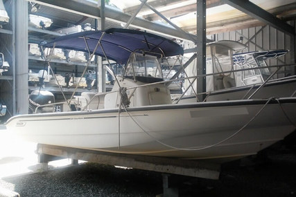 Boston Whaler 220 Dauntless for sale in United States of America for $26,000 (£20,598)