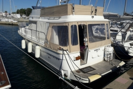 Beneteau Swift Trawler 34 for sale in France for €166,000 (£148,584)