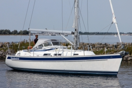 Hallberg-Rassy 37 for sale in Netherlands for €209,000 (£185,735)