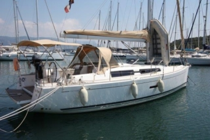 Dufour 335 GRAND LARGE for sale in France for €85,000 (£75,923)