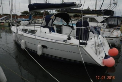 Jeanneau Sun Odyssey 32i Lifting Keel for sale in United Kingdom for £42,750