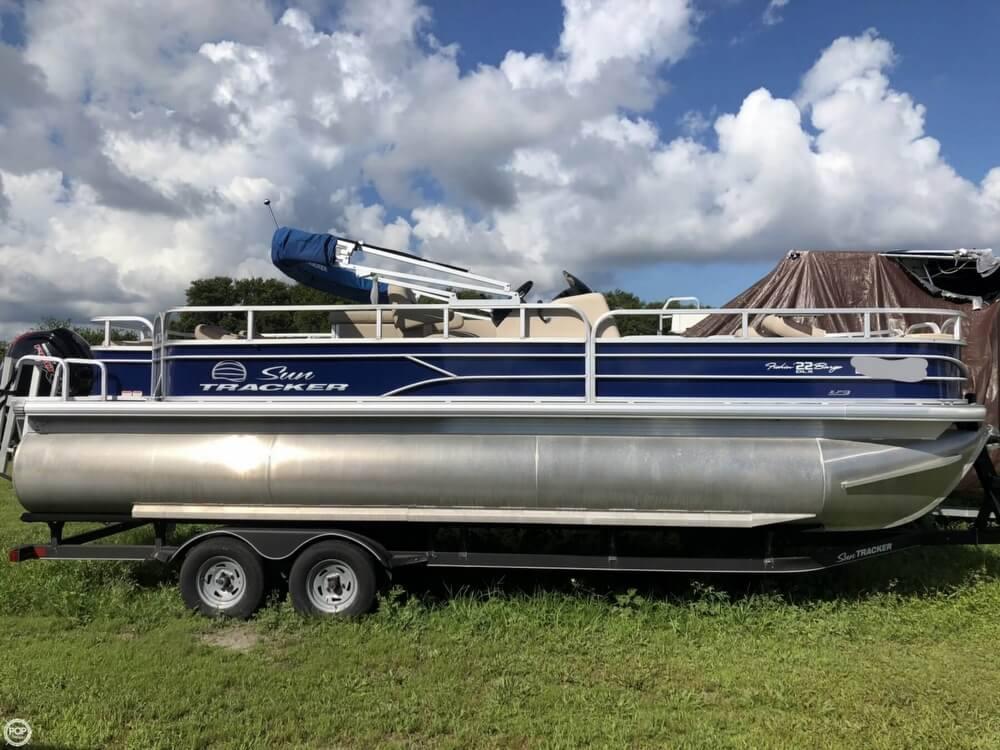 Sun Tracker Fishin Barge 22 Dlx For Sale In United States