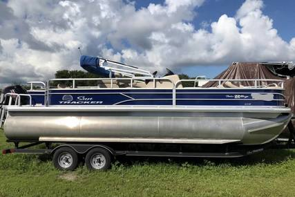 Sun Tracker Fishin' Barge 22 DLX for sale in United States of America for $34,900 (£27,765)