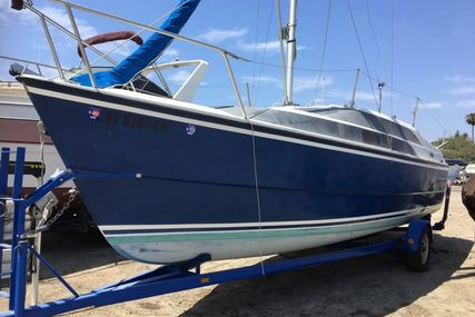 Macgregor 26M for sale in United States of America for $21,000 (£16,463)