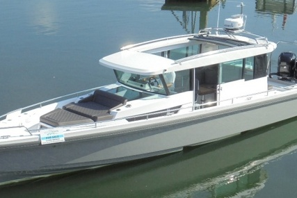 Axopar 37 Cabin for sale in United Kingdom for £164,950