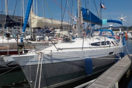 Alubat Ovni 345 for sale in France for €98,000 (£87,955)