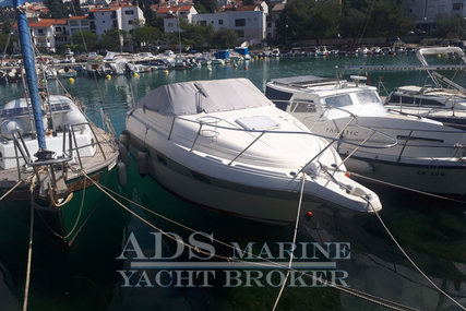 Maxum 2400 SCR for sale in Croatia for €11,000 (£9,803)