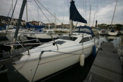 Hunter 29.5 LEGEND for sale in United Kingdom for £22,500