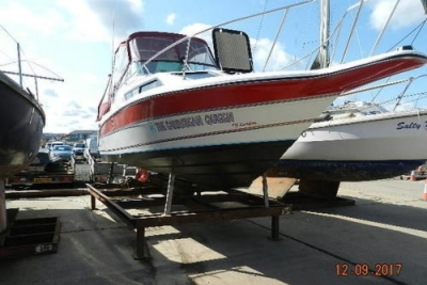 Rinker Fiesta Vee 250 for sale in United Kingdom for £22,000