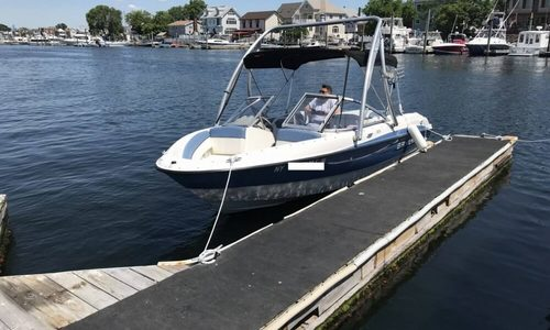 Image of Bayliner 185 Bowrider for sale in United States of America for $12,000 (£9,429) Brooklyn, New York, United States of America