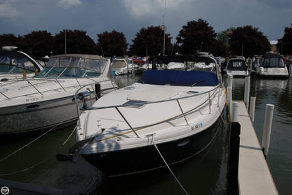 Rinker Fiesta Vee 342 for sale in United States of America for $82,300 (£64,447)