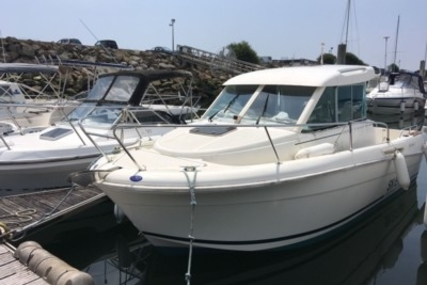 Jeanneau Merry Fisher 655 for sale in France for €22,000 (£19,265)