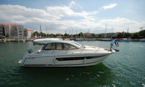 Image of Jeanneau Leader 10 for sale in France for €125,500 (£107,383) CANET EN ROUSSILLON, France