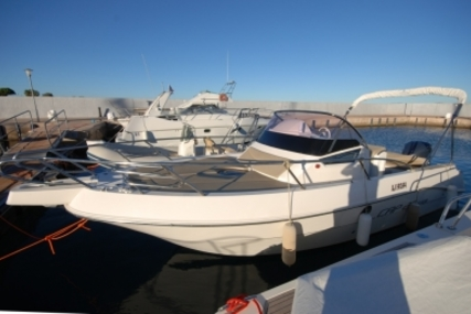 Capelli 28 WA for sale in France for €50,000 (£43,987)