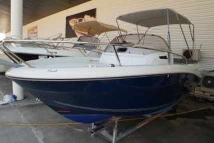 Jeanneau Cap Camarat 6.5 WA for sale in France for €33,900 (£29,558)