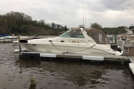 Sea Ray 330 Sundancer for sale in United States of America for $49,900 (£37,943)