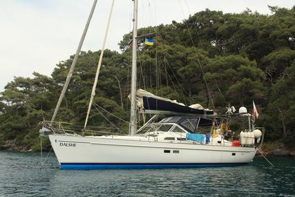 Beneteau Oceanis 42cc for sale in France for €125,000 (£110,687)