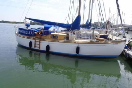 Traditional 9 Ton Hillyard Bermudan sloop for sale in United Kingdom for £13,000