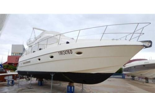 Image of Azimut Yachts 42 for sale in Germany for €149,000 (£134,010) Lignano, , Germany