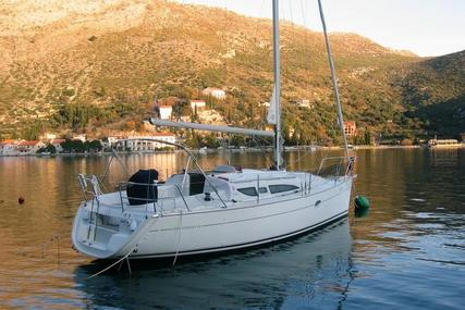 Jeanneau Sun Odyssey 32 for sale in Germany for €39,000 (£34,548)