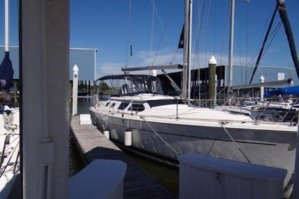 Hunter 41 Deck Salon for sale in United States of America for $159,900 (£120,415)