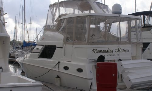 Image of Silverton 392 Motor Yacht for sale in United States of America for $99,900 (£78,568) Kemah / League City, TX, United States of America