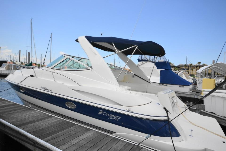 Cruisers Yachts 340 Express For Sale In United States Of America For