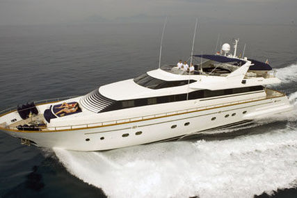 Falcon 102 for sale in Greece for €700,000 (£626,561)