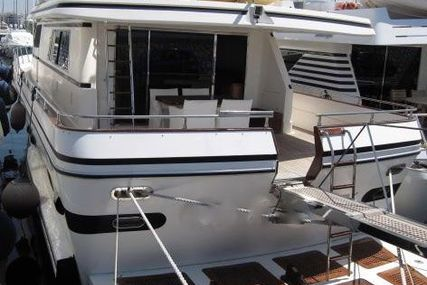 Falcon for sale in Greece for €198,000 (£175,114)