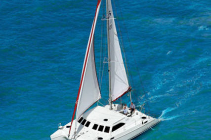 Broadblue 385 for sale in Greece for €167,000 (£145,206)
