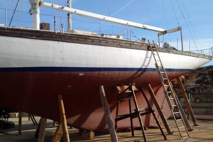 William Fife & Sons 12M International for sale in Spain for €45,000 (£40,173)
