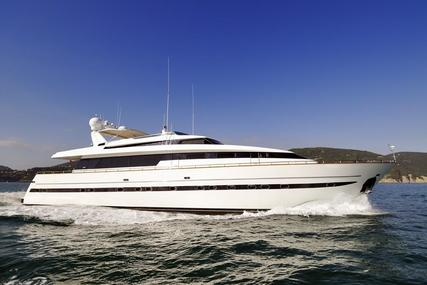 Sanlorenzo 100 for sale in Italy for €1,000,000 (£879,995)