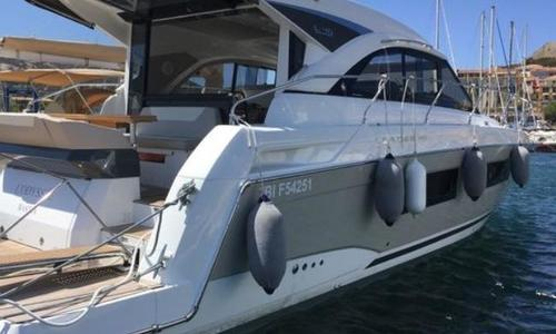 Image of Jeanneau Leader 46 for sale in France for €490,000 (£432,560) France