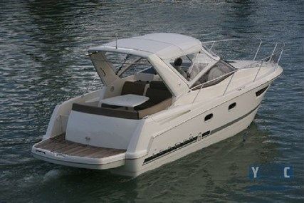 Jeanneau Leader 8 for sale in Italy for €56,000 (£50,092)
