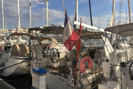 Beneteau Oceanis 38 for sale in France for €139,900 (£123,503)