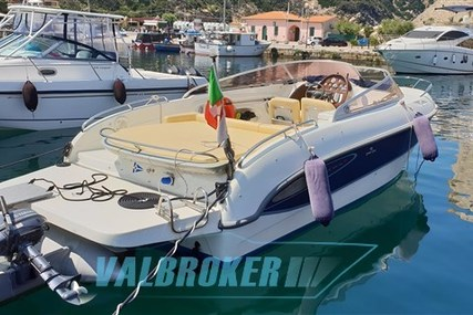 Cranchi CSL 27 for sale in Italy for €36,000 (£31,993)