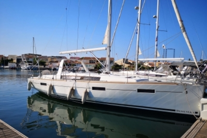 Beneteau Oceanis 41 for sale in France for €149,500 (£134,236)