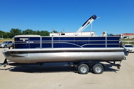 Sylvan Mirage 8522 Party Fish for sale in United States of America for $24,900 (£19,047)