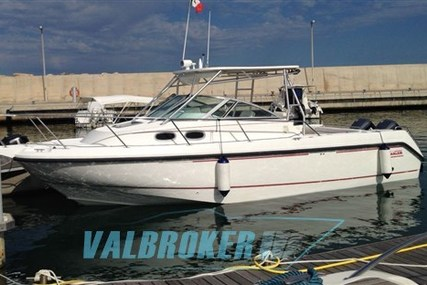 Boston Whaler 285 Conquest for sale in Italy for €90,000 (£80,389)