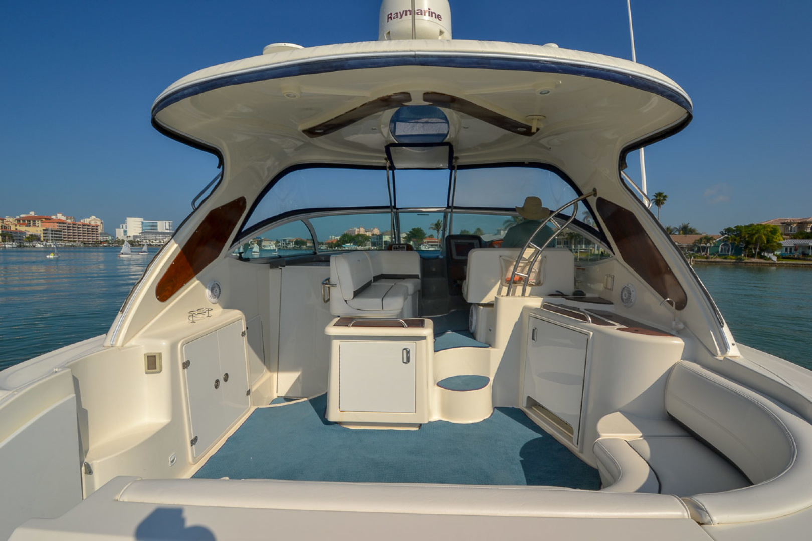 Image Of Cruisers Yachts 420 Express For Sale In United States America 139 950