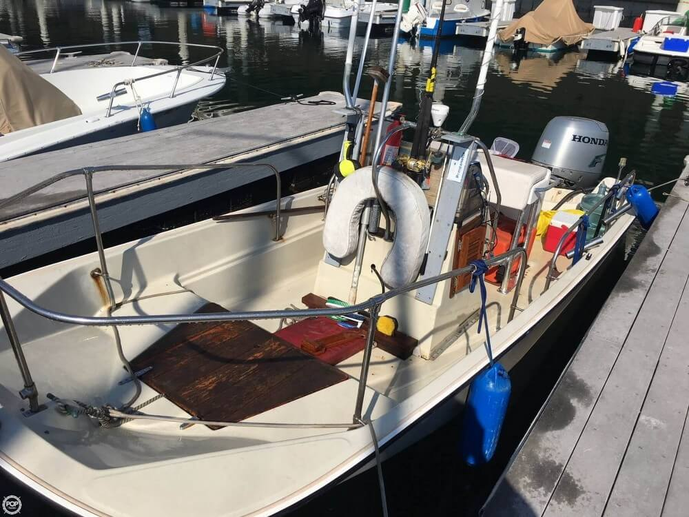 Boston Whaler 17 Montauk for sale in United States of
