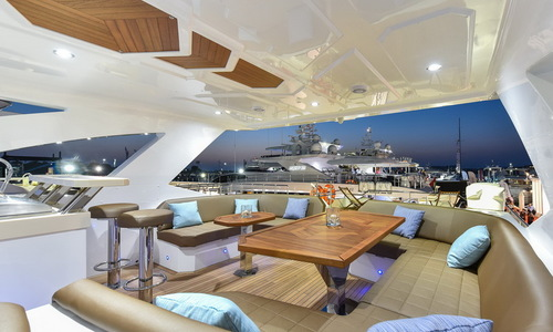 Image of Majesty 90 (New) for sale in United Arab Emirates for €3,115,000 (£2,797,058) Dubai & VAE, Dubai & VAE, United Arab Emirates